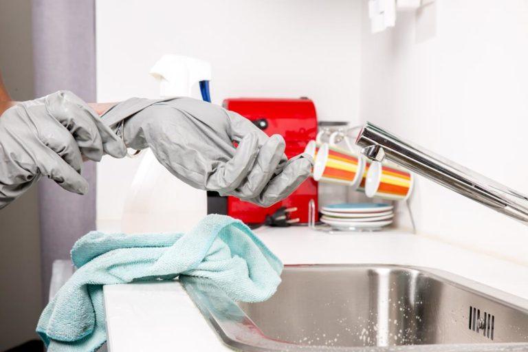 Specjalistyczne usługi dezynfekowania