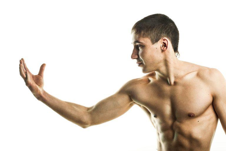 Suplementy białkowe pozwolą na budowanie większych mięśni